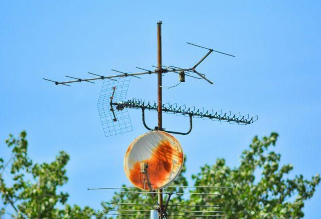 co wpływa na zużycie anteny satelitarnej śląsk
